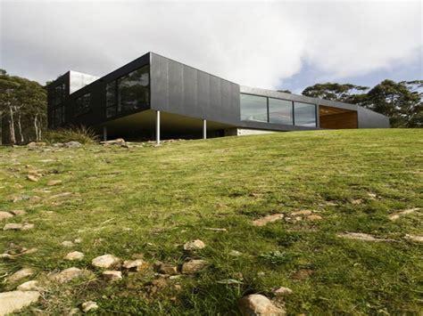 unique house plans hillside houses  hillsides designs stilt homes treesranchcom