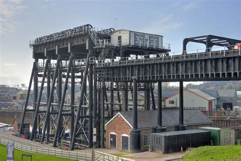 boat lift pictures file anderton boat lift 4 jpg wikimedia commons