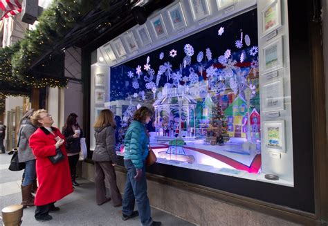 Visual Merchandising Projects Mba by How To Attract Customers To Your Store At