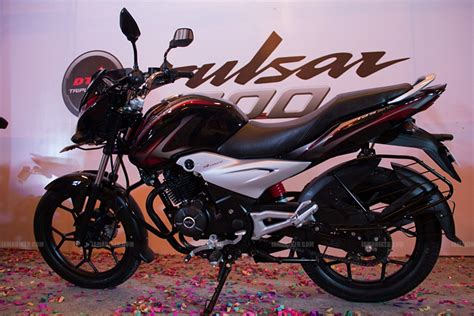 bajaj pulsar 200ns price in india as on 12 march 2015 bajaj pulsar 200ns price in india as on 12 january 2014
