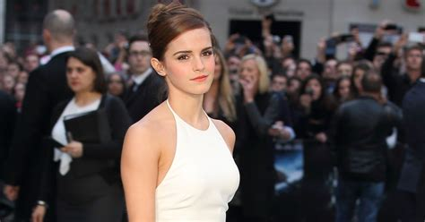 emma watson on trump emma watson passes out feminist books in nyc after donald