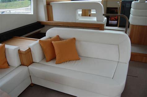 arredamento barche munari divani interni per imbarcazione arredamento