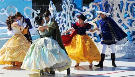 entradas a eurodisney desfile disney en disneyland par 237 s pariscityvision