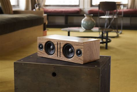 Handmade Audio - b2 wireless speaker audioengine