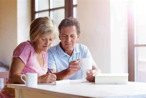 7 easy ways to help your parents or grandparents save on