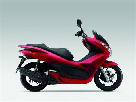 125er Motorrad Test 2013 by Honda Pcx 125 Baujahr 2013 Bilder Und Technische Daten