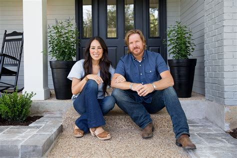 joanna chip gaines joanna gaines shares chip s favorite christmas candy