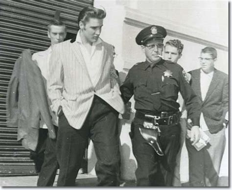 Oakland California Records Elvis Arriving In Oakland California June 3 1956