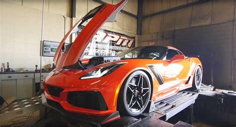 2019 chevrolet corvette zr1 is gms most powerful car a 2019 chevrolet corvette zr1 lay impressive