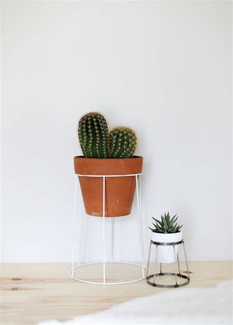Diy Plant Holder - diy wire plant stand 187 the merrythought