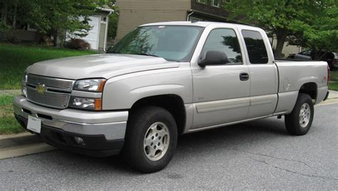 how things work cars 2006 chevrolet silverado hybrid spare parts catalogs file chevrolet silverado hybrid jpg wikimedia commons