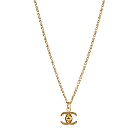 chanel turnlock cc necklace gold 143203