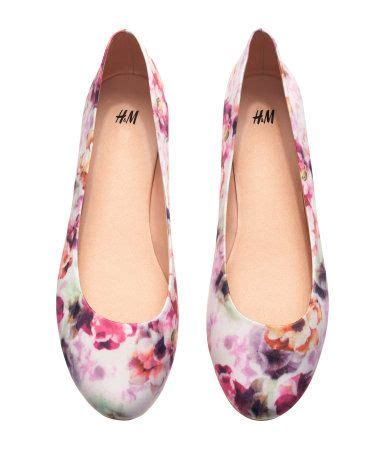 Floral Printed Ballerinas by Best 25 Floral Flats Ideas On Floral Ballet