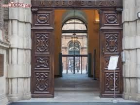 ingresso museo egizio torino l ingresso museo egizio di torino il foto