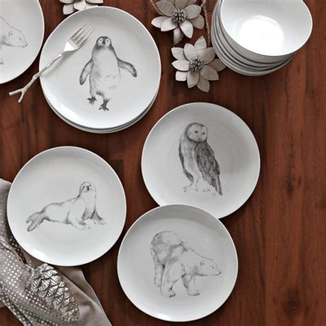 Cake Plate Decorating Ideas by 12 Festive Tabletop Decor Trends