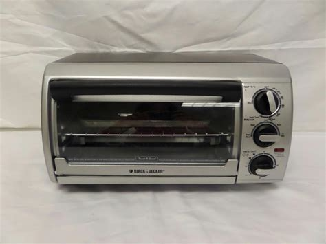 Black And Decker Countertop Oven Tro480bs by Black Decker Tro480bs Toast R Oven 4 Slice Toaster Oven Ebay