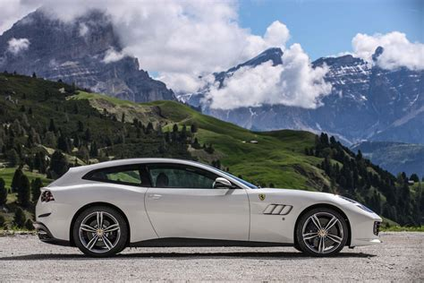 gtc4lusso 2017 gtc4lusso drive review motor trend