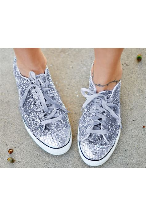 diy white shoes diy glittery converse shoes