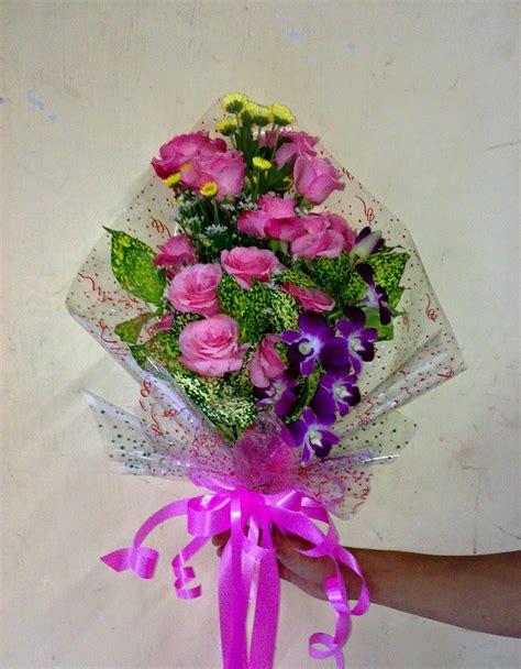 gambar rangkaian bunga  bisa dicoba gambar pedia