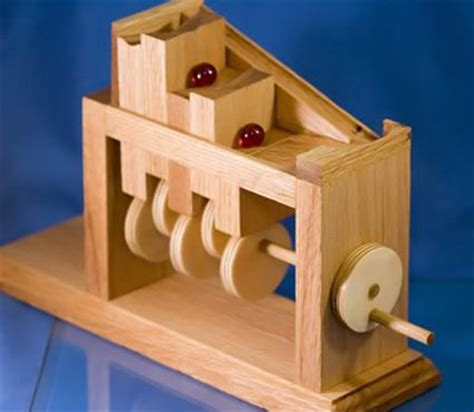 hand cranked marble climber   plans woodworking