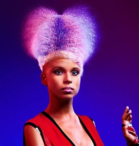 gambar rambut palsu dipatung quot water wig quot rambut palsu menggunakan percikan air