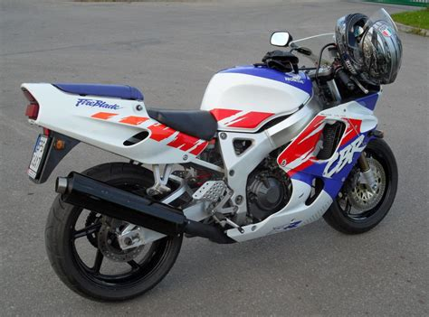 honda cbr 900 rr 1992 honda cbr900rr moto zombdrive com