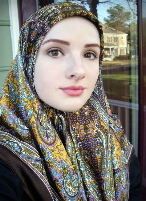 beautiful women islamic clothing abaya hijab 28 best images about beautiful hijabi on pinterest