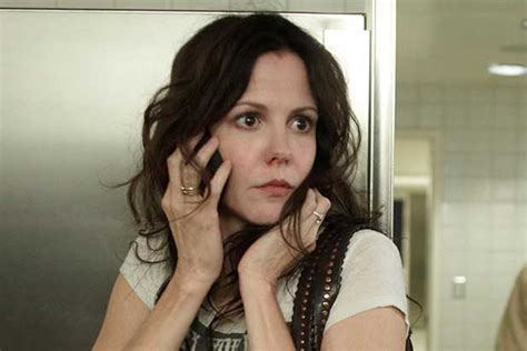 blacklist female star mary louise parker to join the blacklist in season 2