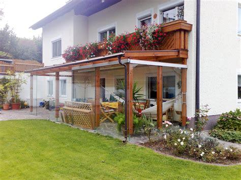überdachte terrasse alu glas glas pergola holz aluminium pergola holz