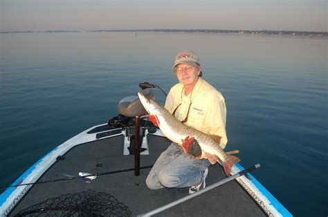 st clair boat accident get ready for lake st clair and detroit river muskies
