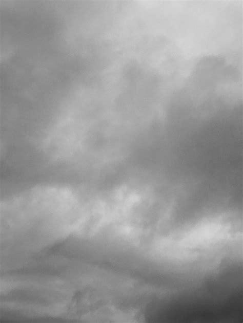 #MySundayPhoto - Grey Skies & Goodbyes | Gray aesthetic