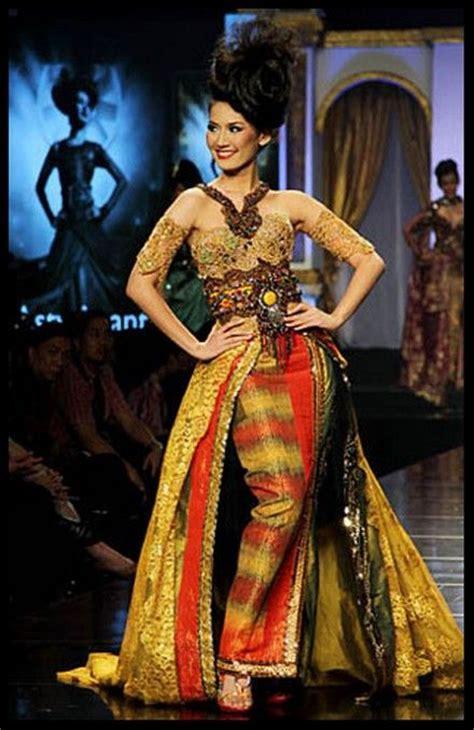 design batik ramli pin by dini tasriva on i love kebaya pinterest kebaya