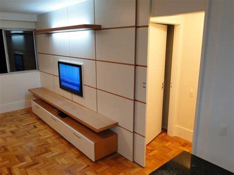 tv porta a porta painel de tv porta embutida quarto sala