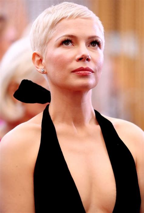 Michelle Williams attends the 89th Annual Academy Awards