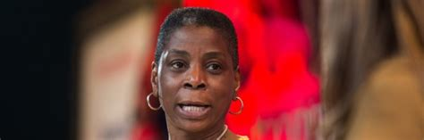 Xerox Mba Internship by Xerox Ceo And Chair Ursula Burns Receives Ucla S