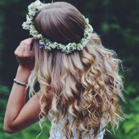cute girl hairstyles rag curls 53 cute easy curly hairstyles hair motive hair motive