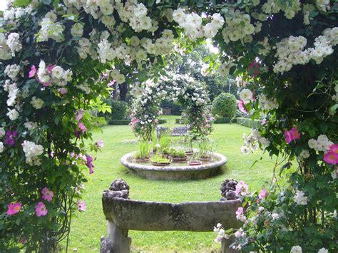 giardini in fiore foto giardini rocca d ajello