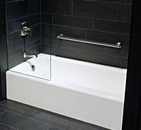 what is alcove bathtub alcove bathtubs pictures 60 x 32 x 15 1 2 kohler