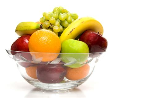 bowl of fruits 13 kitchen changes that can help you lose weight