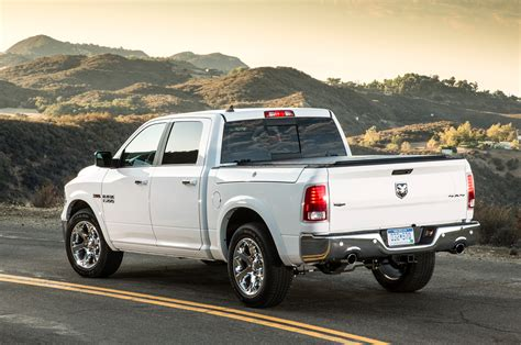 2014 ram 1500 diesel mpg 2014 ram 1500 ecodiesel gets 28 mpg highway in real mpg