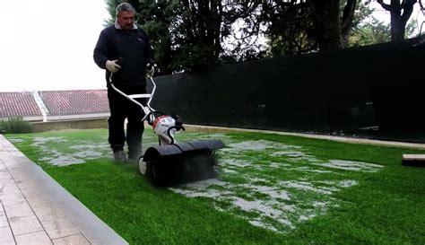 giardino senza erba installazione giardino in erba sintetica senza manutenzione