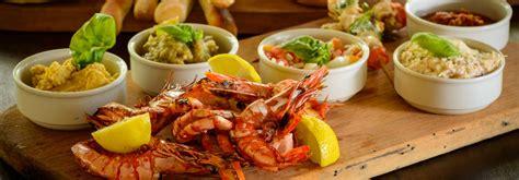 Green Kitchen Island Mozambique Fresh Seafood Ibo Island Lodge Quirimbas