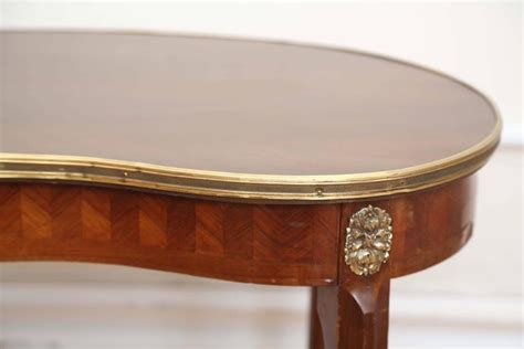 kidney shaped accent table antique french kidney shaped accent table for sale at 1stdibs