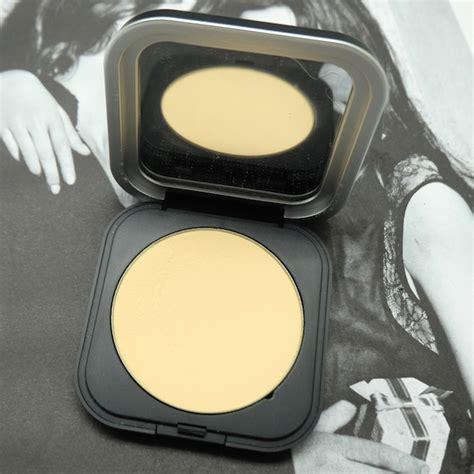 Bedak Tabur Makeup Forever bedak untuk wajah halus bagai difilter daily