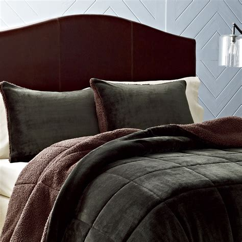 masculine bedding patterns from eddie baurer from beddingstyle com