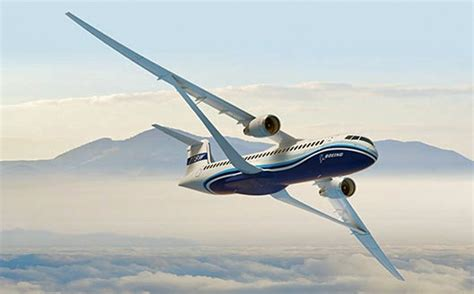 spreading  wings boeing unveils  transonic truss