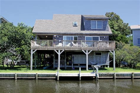 outer banks house rentals heron s haven frisco vacation rental obx connection