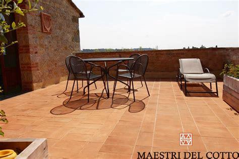 offerte piastrelle da esterno offerta pavimenti in cotto per esterno cotto fatto a mano