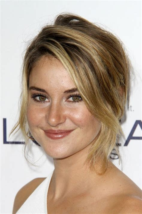 Shailene Woodley Hairstyles by Shailene Woodley S Hairstyles Hair Colors Style