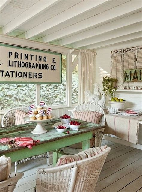 shabby chic cottage style best 25 vintage porch ideas on country